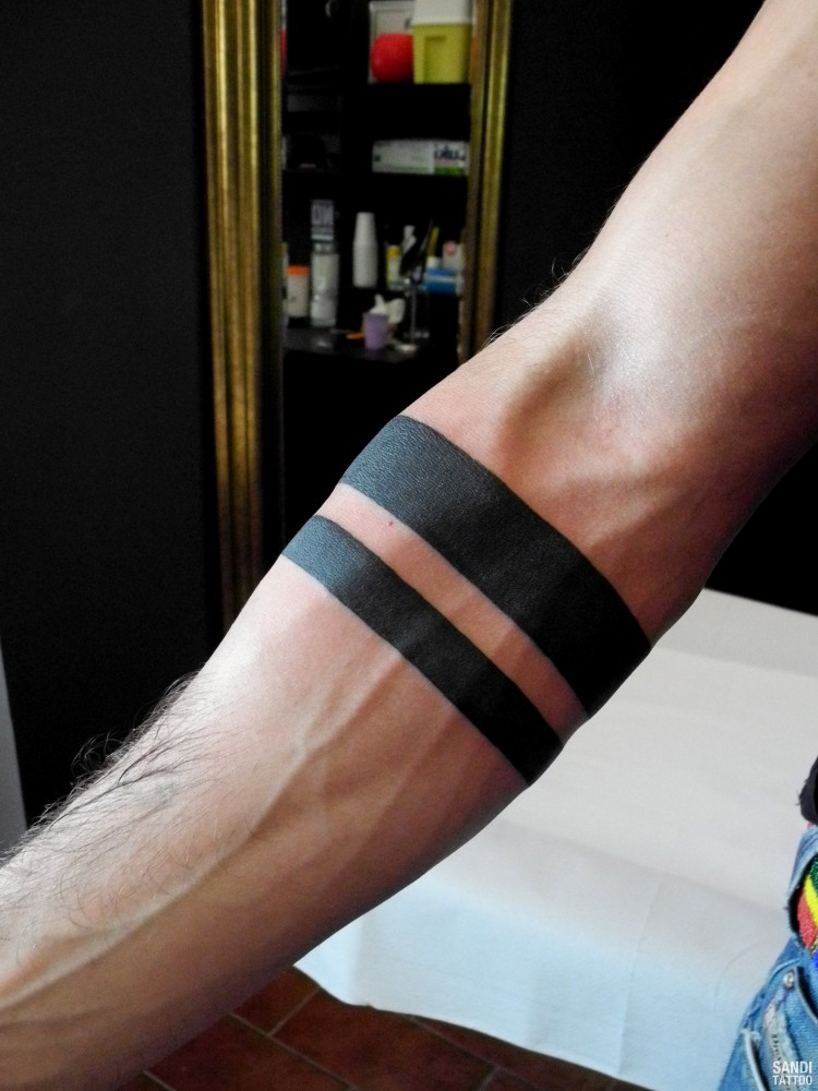 Tatuaggi Fasce Nere AH68 » Regardsdefemmes
